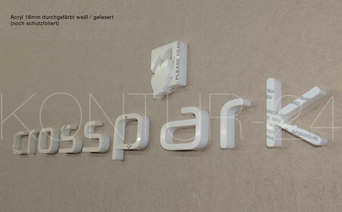 3D Acrylbuchstaben 16mm durchgefärbt weiß gelasert - noch schutzfoliert