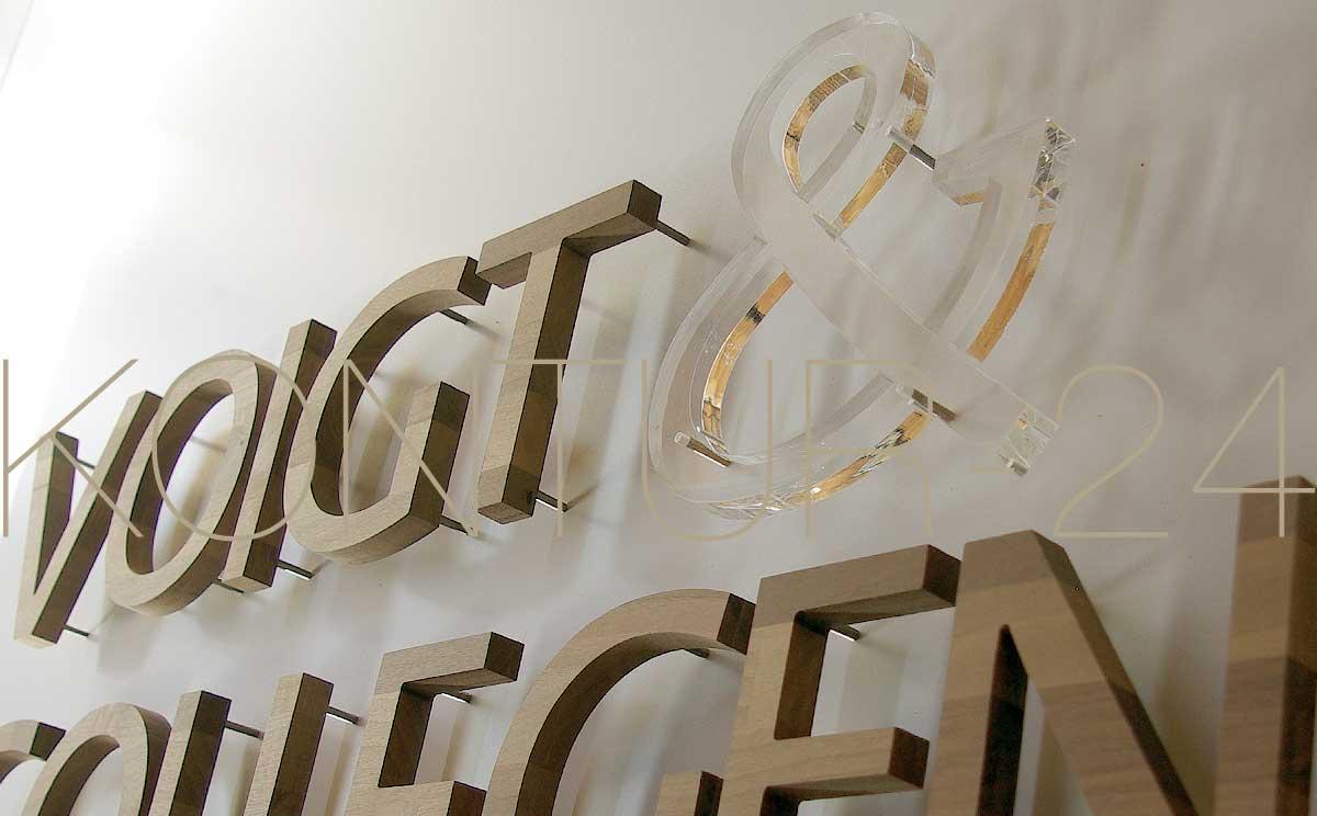 3D Acrylbuchstabe 20mm klar gelasert als Akzentuierung